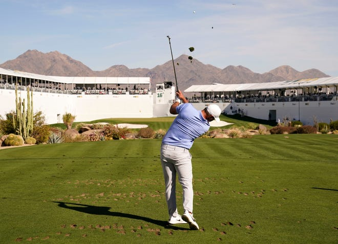 Brooks Koepka's eagle chip on 17 help him win his 2nd Waste Management Phoenix Open