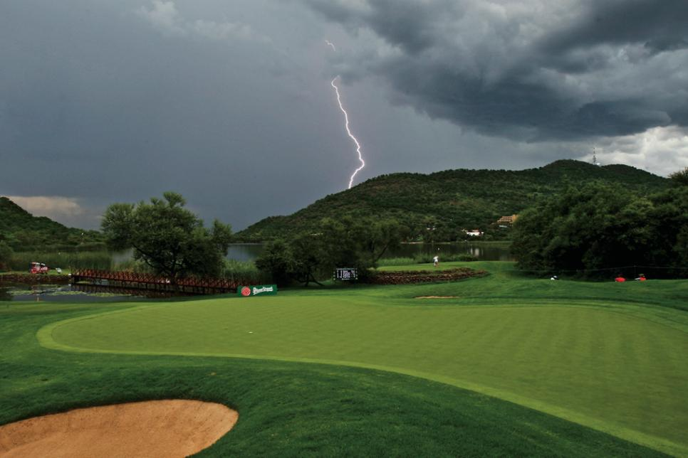 Lightning Strike Kills Man on New Jersey Golf Course