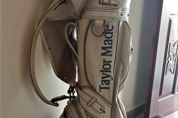 Original Golf Kits (branded bags with clubs)