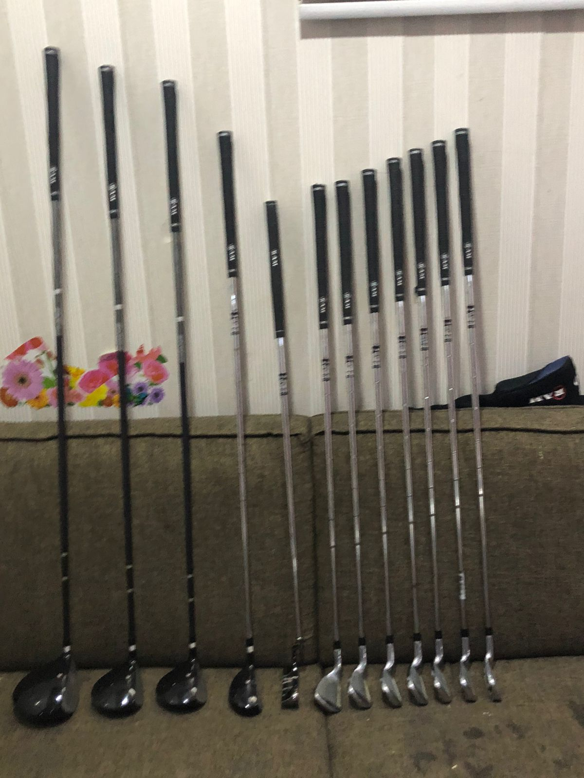 RAM Golf Accubar Plus Golf Clubs Set – Graphite Shafted Woods and Stainless Steel Irons – Lefty